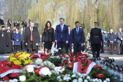 8. rocznica katastrofy smoleńskiej. Uroczystości na Powązkach