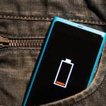 8 trików, które przedłużą życie baterii w telefonie