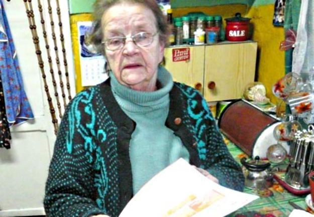 80-letnia Barbara Maćkowiak czuje się oszukana / fot. Roman Wolek /Tygodnik Pałuki