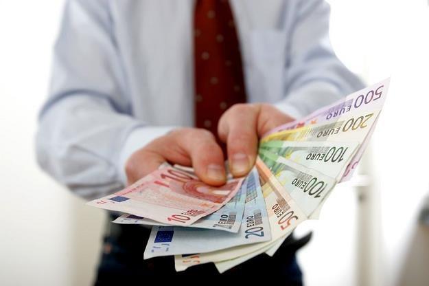 80 mld euro wspomoże polski sektor motoryzacyjny, górniczy i zbrojeniowy /©123RF/PICSEL