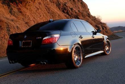 800-konne BMW M5 / Kliknij /INTERIA.PL