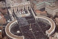 800 tys. wiernych na kanonizacji dwóch papieży
