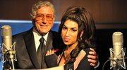 85-letni piosenkarz uhonoruje Amy Winehouse