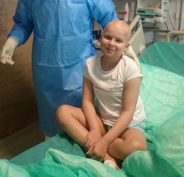 """9-letni chora na białaczkę Hania pokonała Covid-19. """"Wojnę z koronawirusem też wygramy"""""""