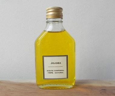 9 największych korzyści z olejku jojoba