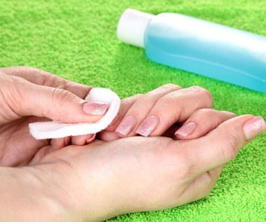 9 praktycznych zastosowań zmywacza do paznokci
