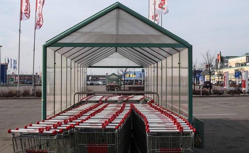 9 sierpnia: Czy to niedziela handlowa? Nz. centrum handlowe w Markach /Michał Dyjuk /Agencja FORUM