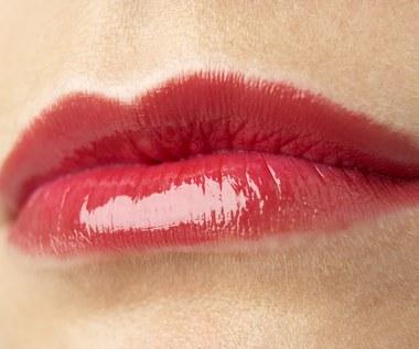 9 sposobów na to, aby zachować miękkość ust