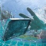 9 sposobów na uratowanie zamoczonego telefonu komórkowego
