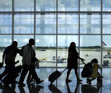 9 sztuczek, aby podróż samolotem była komfortowa
