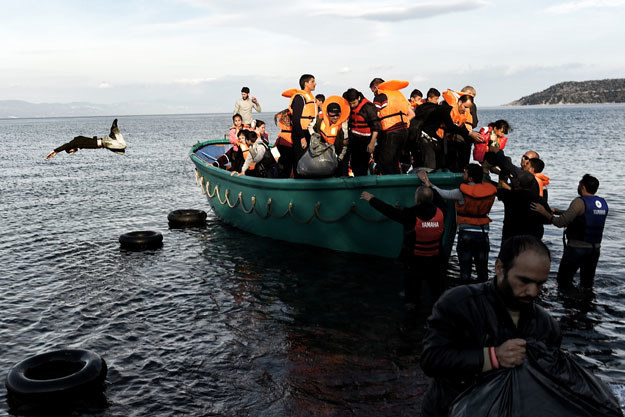 900 migrantów uratowano na Morzu Śródziemnym /AFP