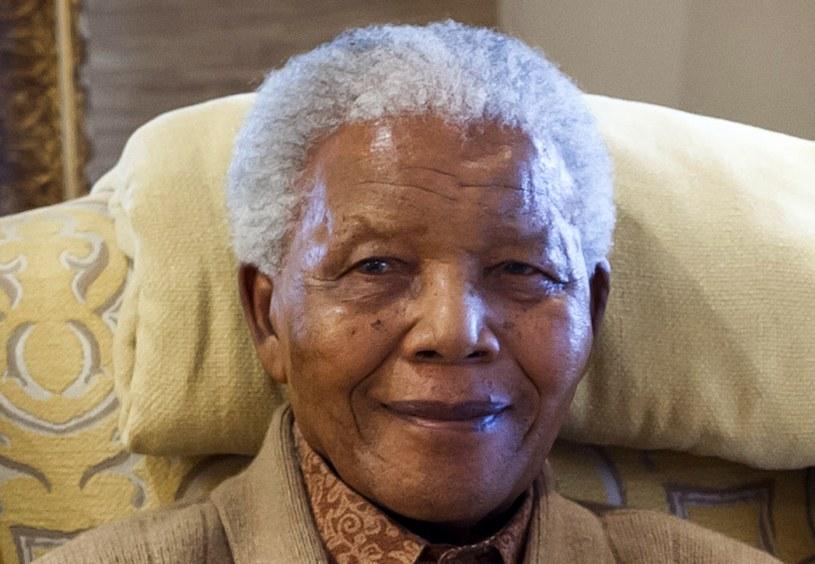 95-letni Mandela od niemal dwóch miesięcy przebywa w szpitalu. /AFP