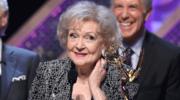 96-letnia Betty White zdradza szokujący sekret długowieczności