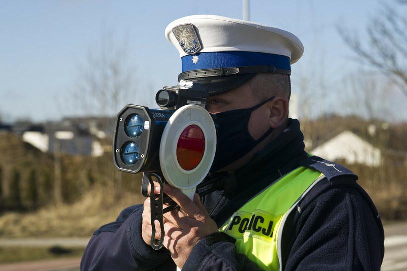 """A co z błędnymi pomiarami laserem albo """"na oko"""" wideorejestratorami? Nic... /Stanisław Bielski /Reporter"""