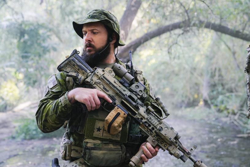 """A.J. Buckley w serialu """"SEAL Team"""" /AXN"""