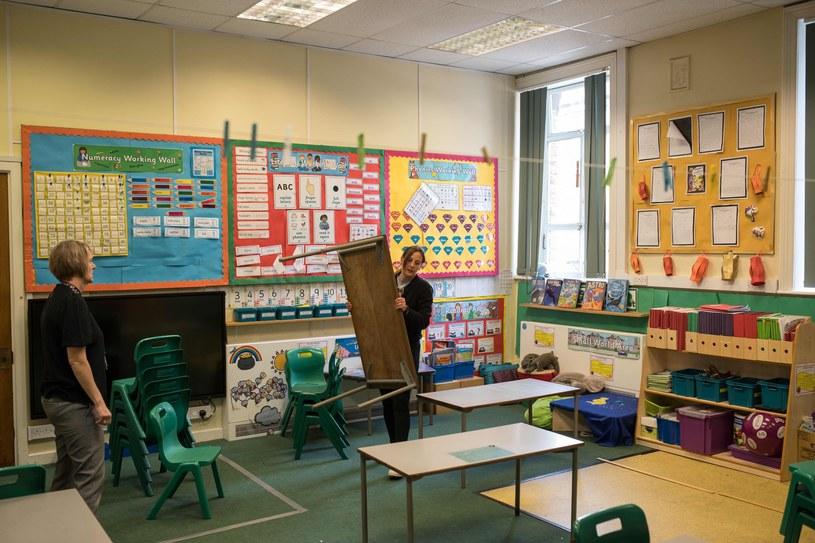 A jak wyglądać będzie rok szkolny w Polsce? /AFP