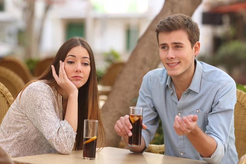 randki pod moją ligą zacznij randkować strony internetowe