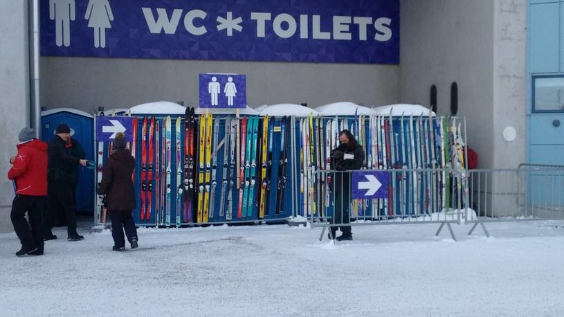 A potem można się schronić za nartami /INTERIA.PL