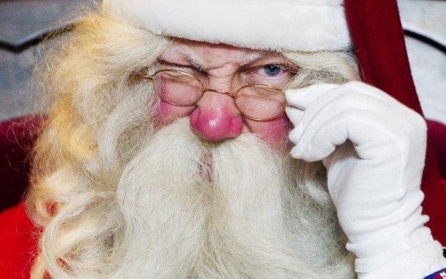 A ty już wybrałeś świąteczne upominki dla najbliższych? /AFP