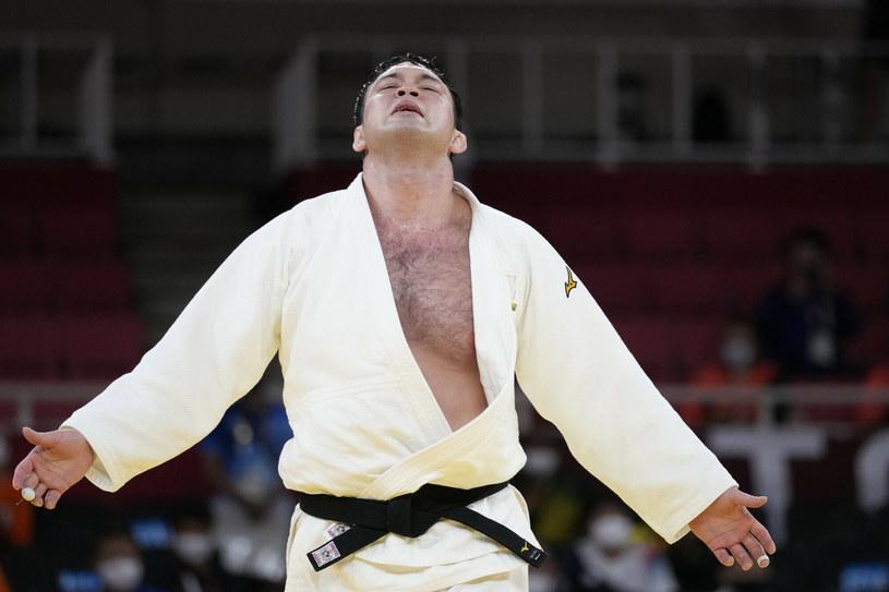 """Aaron Wolf """"dorzucił"""" kolejny złoty medal w judo na konto Japonii /AP/Associated Press/East News /East News"""