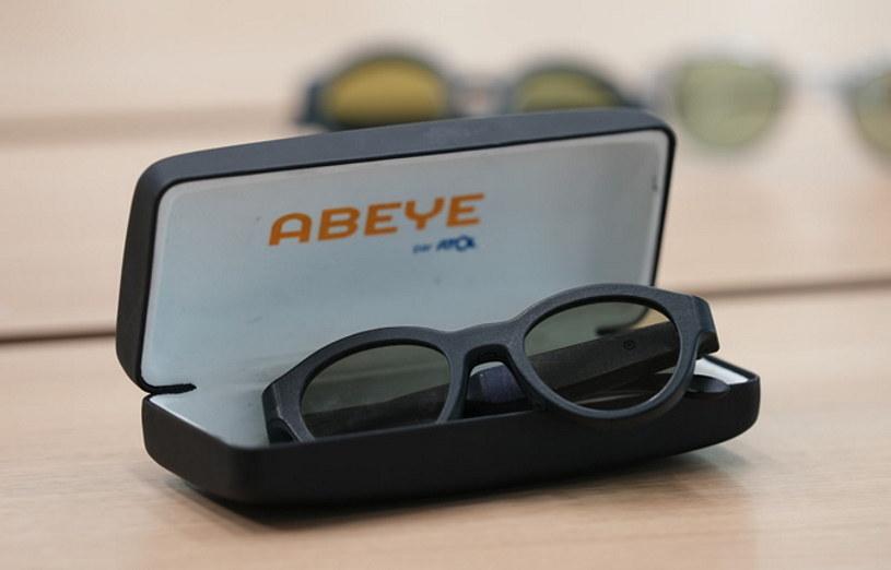 Abeye i okulary, których oprawki pochodzą z drukarki 3D /materiały prasowe