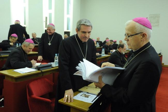 Abp Józef Michalik podczas posiedzenia KEP /Grzegorz Jakubowski /PAP