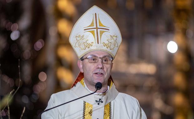 Abp Polak o Bożym Narodzeniu: Jest świętem naszego człowieczeństwa