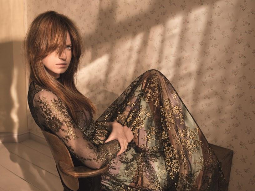 Absolutnym hitem tego roku są wszelkie odcienie koloru blond, źródło: Wella Porfessionals /materiały prasowe
