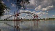 Absurdalnie wysoka suma na otwarcie mostu