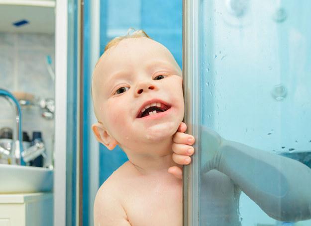 Aby dziecko dbało o higienę, sami musimy jej przestrzegać. /123RF/PICSEL