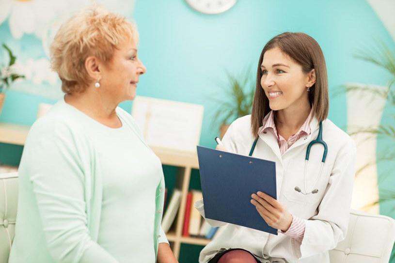 Aby zapisać ci skuteczne środki, lekarz musi uzyskać od ciebie dużo informacji o objawach i dawnych chorobach /123RF/PICSEL