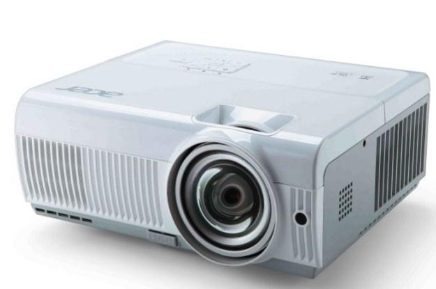 Acer S1213Hn - 300-calowa alternatywa dla telewizorów. Ma swoje mocne i słabe strony /materiały prasowe