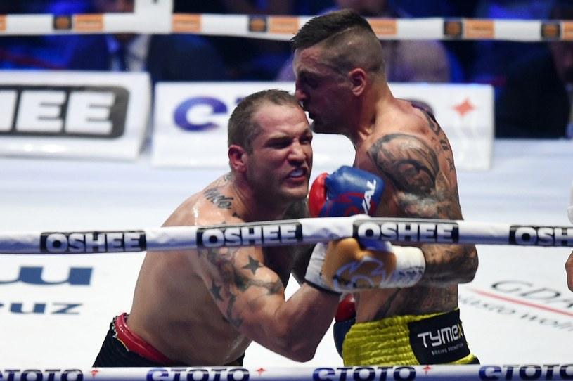 Adam Balski (z prawej) znokautował Łukasza Janika /Fot. Marcin Gadomski /East News