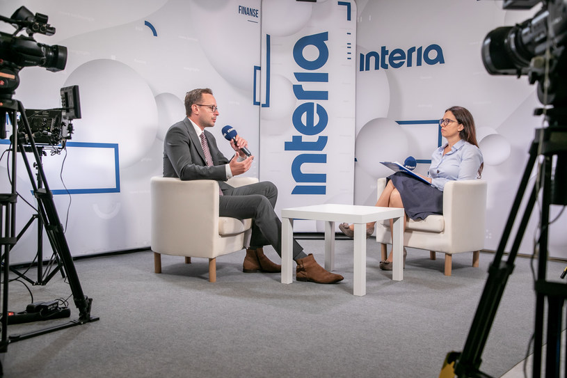 Adam Czerniak, ekonomista SGH w studiu Interii /INTERIA.TV /INTERIA.PL