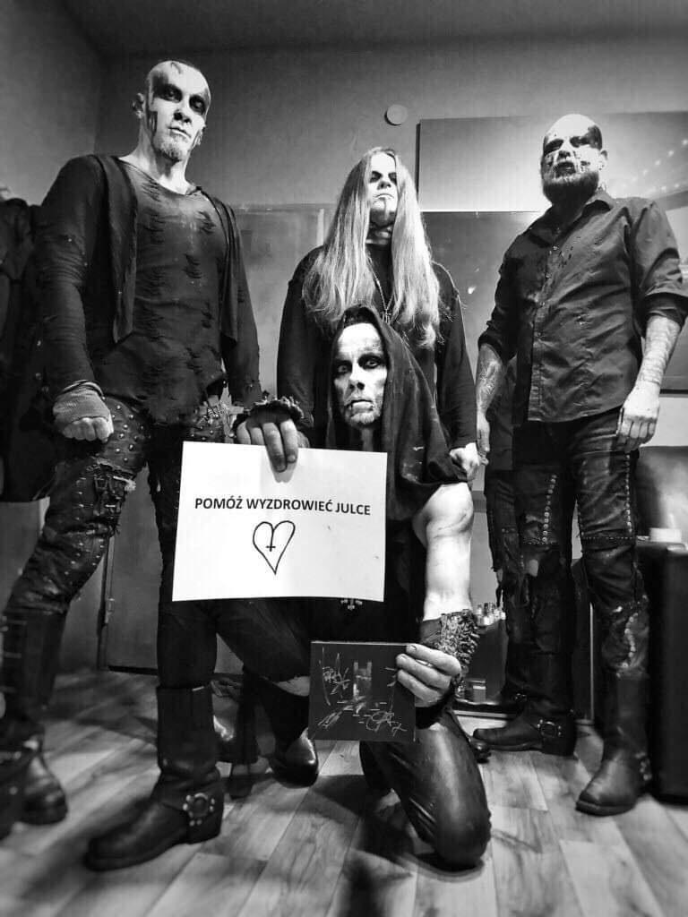 Adam Darski z zespołem Behemoth /materiał zewnętrzny