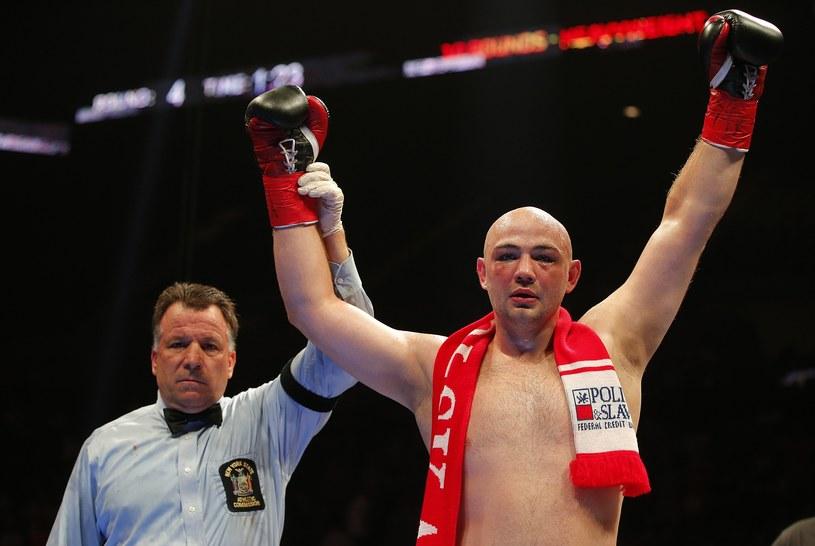 Adam Kownacki fetuje zwycięstwo nad Arturem Szpilką /AFP