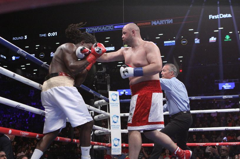 Adam Kownacki tu w walce z Charlesem Martinem /Getty Images