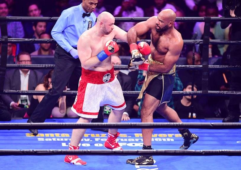 Adam Kownacki w pojedynku z George'em Washingtonem /AFP