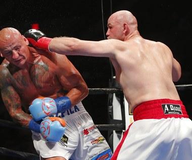 Adam Kownacki wygrał z Arturem Szpilką przez techniczny nokaut w 4. rundzie