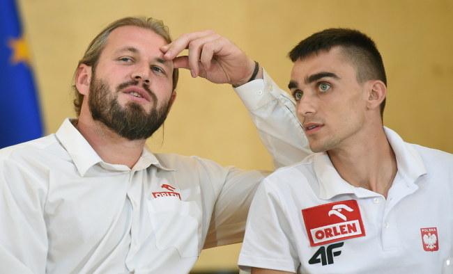 Adam Kszczot (z prawej) i Tomasz Majewski /Radek Pietruszka /PAP