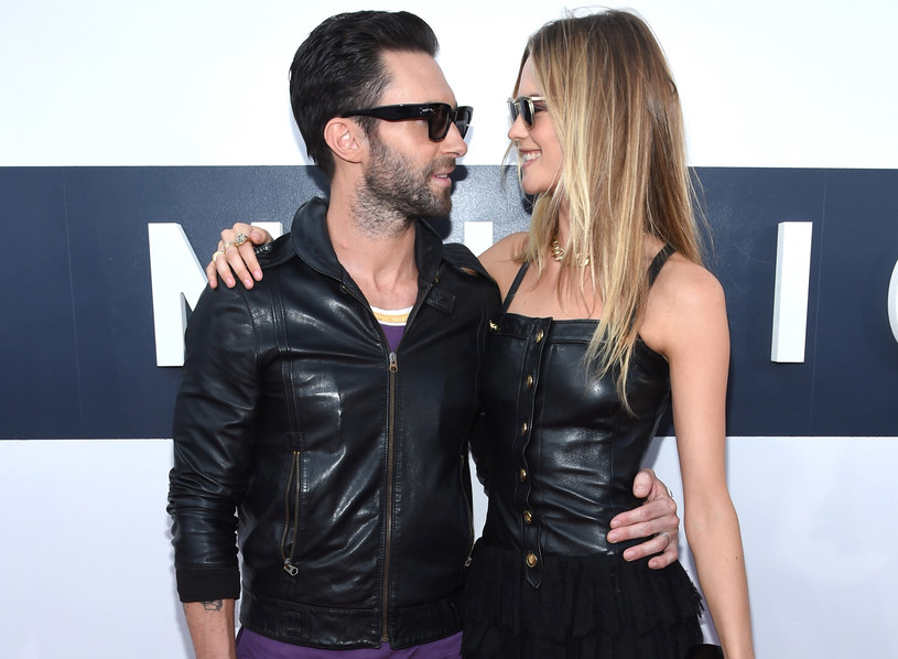 Adam Levine i Behati Prinsloo /Larry Busacca /Getty Images