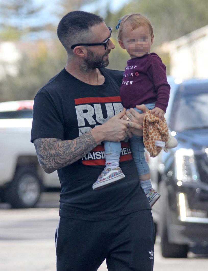 Adam Levine z córką Dusty Rose /Agencja FORUM