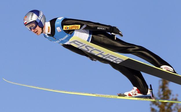 Adam Małysz ma nadzieję na dobry występ na średniej skoczni w Holmenkollen /AFP