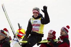 Adam Małysz na podium w Vikersund