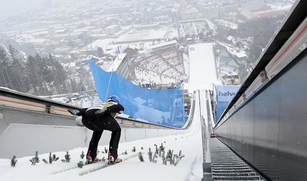 Adam Małysz na skoczni Bergisel w Innsbrucku /AFP