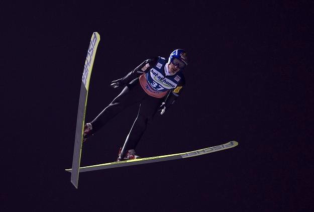 Adam Małysz na skoczni w Harrachovie /AFP