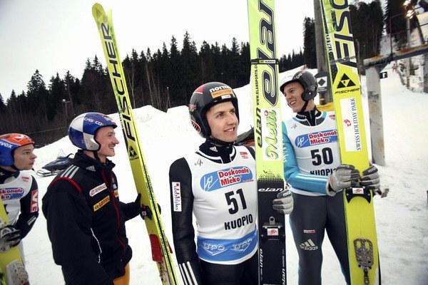Adam Małysz, Simon Ammann i Andreas Kuettel /AFP