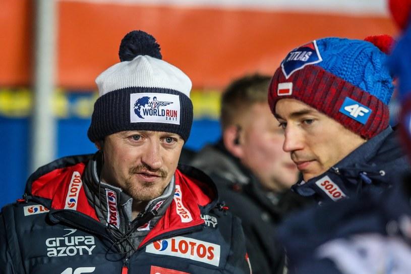Adam Małysz (z lewej) i Kamil Stoch /Jan Graczyński /East News