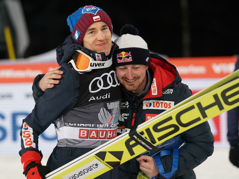 Adam Małysz (z prawej) i Kamil Stoch /Tomasz Markowski /Newspix