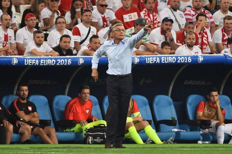 Adam Nawałka podczas meczu z Portugalią na Euro 2016 /AFP